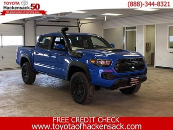 2019 Toyota Tacoma TRD Pro Double Cab 5 Bed V6 MT 4 Door Truck Manual Regular Unleaded V-6 3.5 L/211 Engine 4X4