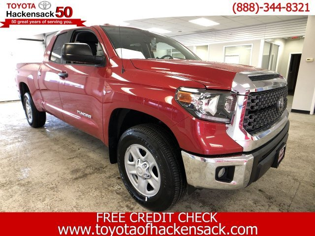 2019 Barcelona Red Metallic Toyota Tundra SR5 Double Cab 6.5 Bed 4.6L 4X4 Regular Unleaded V-8 4.6 L/281 Engine Truck 4 Door