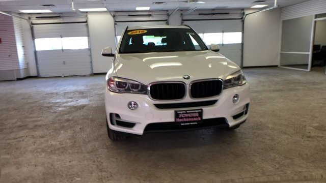 2016 White BMW X5 xDrive35i SUV Automatic 4 Door