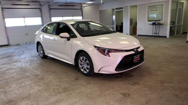 2020 Toyota Corolla LE CVT Sedan FWD Automatic (CVT) Regular Unleaded I-4 1.8 L/110 Engine