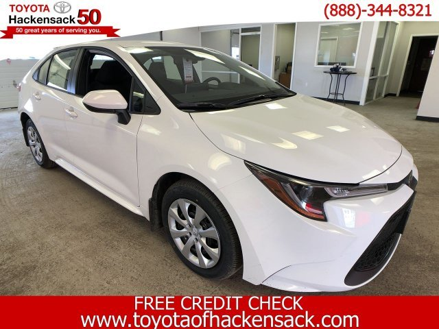 2020 Super White Toyota Corolla LE CVT FWD Automatic (CVT) 4 Door Regular Unleaded I-4 1.8 L/110 Engine
