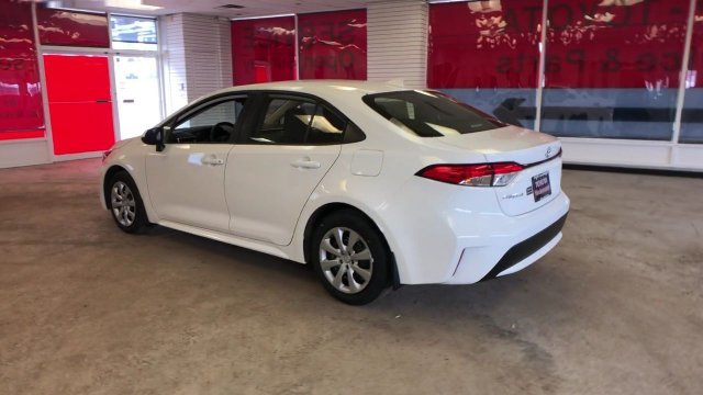 2020 Toyota Corolla LE CVT Sedan Regular Unleaded I-4 1.8 L/110 Engine 4 Door FWD Automatic (CVT)