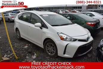 2016 Super White Toyota Prius v Crossover 4 Door FWD