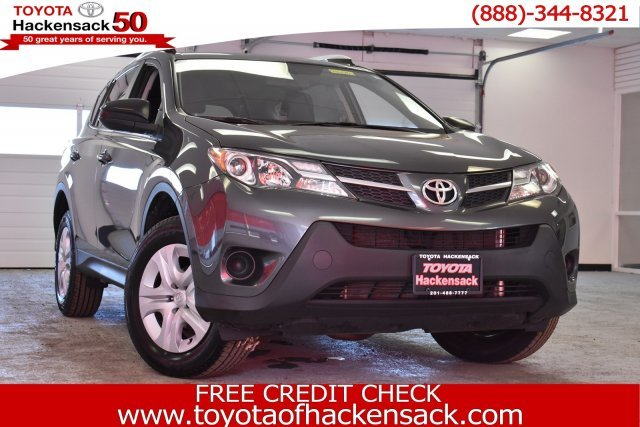 2015 Toyota RAV4 LE 4 Door Automatic SUV AWD Regular Unleaded I-4 2.5 L/152 Engine