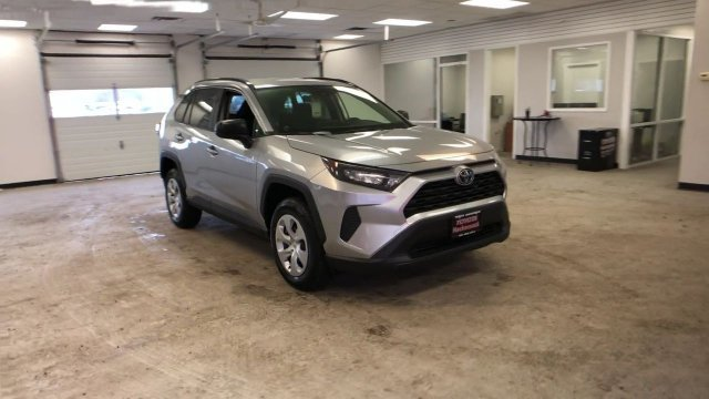 2019 Silver Sky Metallic Toyota RAV4 LE AWD Regular Unleaded I-4 2.5 L/152 Engine Automatic 4 Door AWD SUV