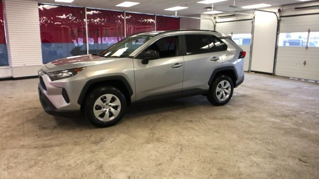 2019 Silver Sky Metallic Toyota RAV4 LE AWD 4 Door Automatic AWD