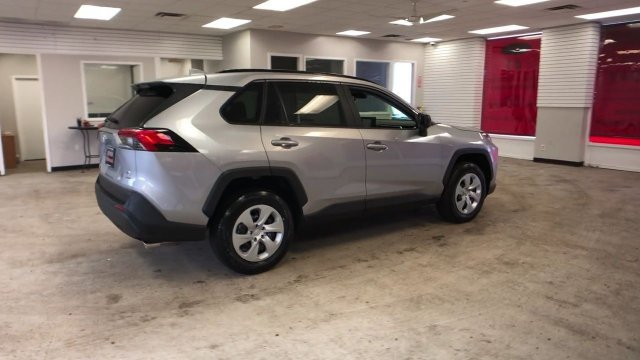 2019 Silver Sky Metallic Toyota RAV4 LE AWD Regular Unleaded I-4 2.5 L/152 Engine AWD SUV Automatic 4 Door