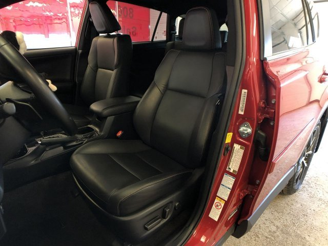 2016 Barcelona Red Metallic Toyota RAV4 SE Automatic 4 Door SUV