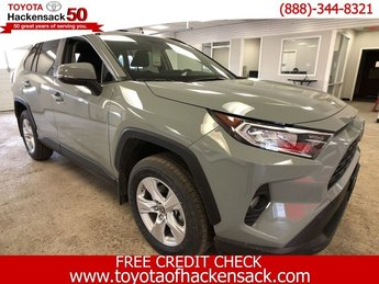 2019 Lunar Rock Toyota RAV4 XLE AWD SUV 4 Door Regular Unleaded I-4 2.5 L/152 Engine AWD