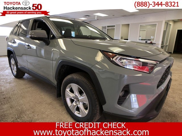 2019 Toyota RAV4 XLE AWD 4 Door Automatic SUV Regular Unleaded I-4 2.5 L/152 Engine AWD