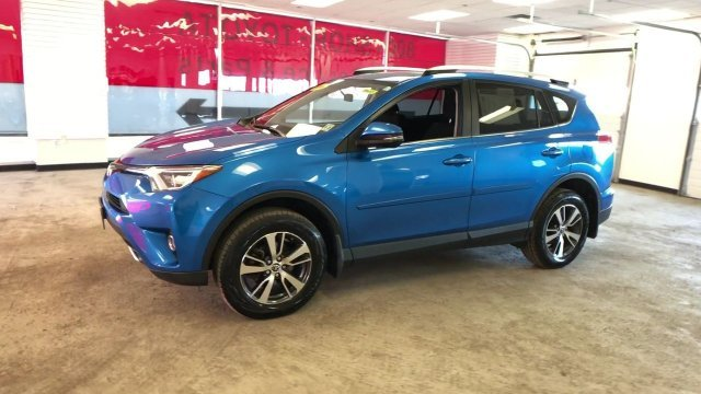 2016 Electric Storm Blue Toyota RAV4 XLE SUV Automatic Regular Unleaded I-4 2.5 L/152 Engine