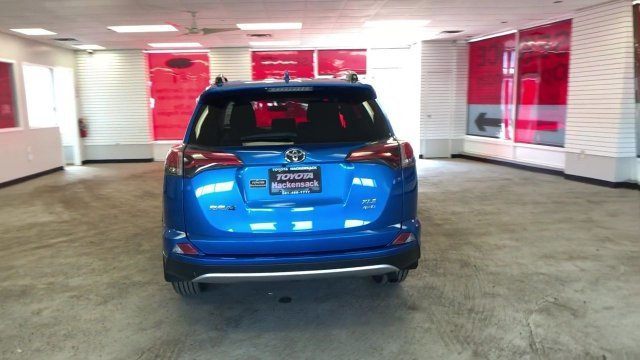 2016 Electric Storm Blue Toyota RAV4 XLE Regular Unleaded I-4 2.5 L/152 Engine 4 Door Automatic AWD