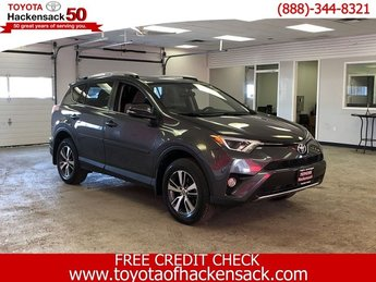 2016 Magnetic Gray Metallic Toyota RAV4 XLE Automatic SUV 4 Door