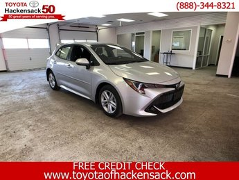 2019 Classic Silver Metallic Toyota Corolla Hatchback SE CVT Hatchback 4 Door Regular Unleaded I-4 2.0 L/121 Engine Automatic (CVT) FWD