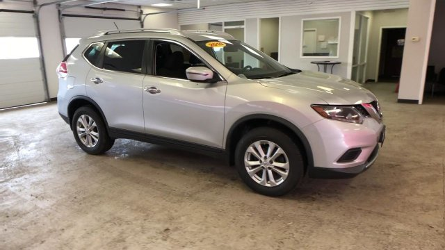2016 Brilliant Silver Nissan Rogue SV SUV 4 Door AWD Automatic (CVT) Regular Unleaded I-4 2.5 L/152 Engine
