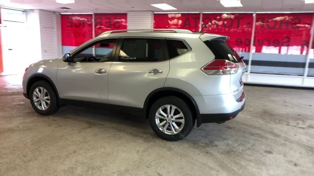 2016 Nissan Rogue SV Automatic (CVT) 4 Door Regular Unleaded I-4 2.5 L/152 Engine SUV AWD