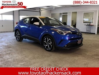 2018 Toyota C-HR XLE Premium Automatic (CVT) FWD SUV Regular Unleaded I-4 2.0 L/121 Engine 4 Door