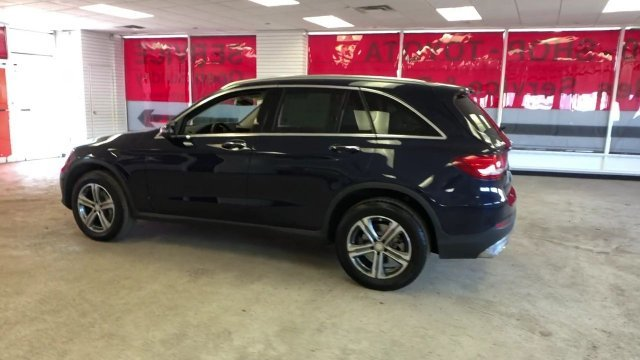 2016 Mercedes-Benz GLC GLC 300 SUV Automatic 4 Door AWD Intercooled Turbo Premium Unleaded I-4 2.0 L/121 Engine
