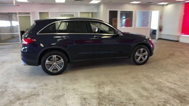 2016 Mercedes-Benz GLC GLC 300 Intercooled Turbo Premium Unleaded I-4 2.0 L/121 Engine 4 Door SUV AWD Automatic
