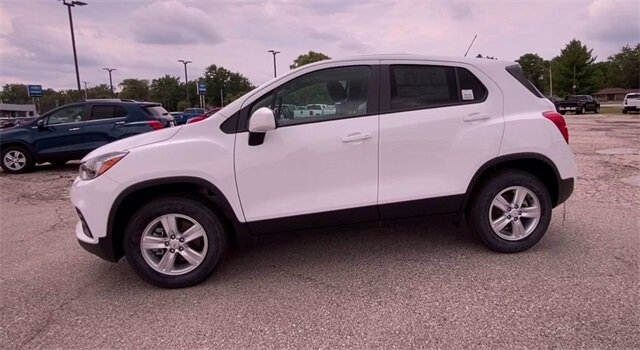 2020 Summit White Chevrolet Trax LS 4 Door Automatic ECOTEC 1.4L I4 SMPI DOHC Turbocharged VVT Engine SUV AWD