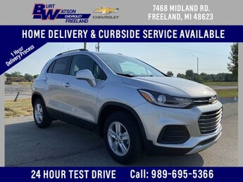 2020 Silver Ice Metallic Chevrolet Trax LT AWD Automatic 4 Door