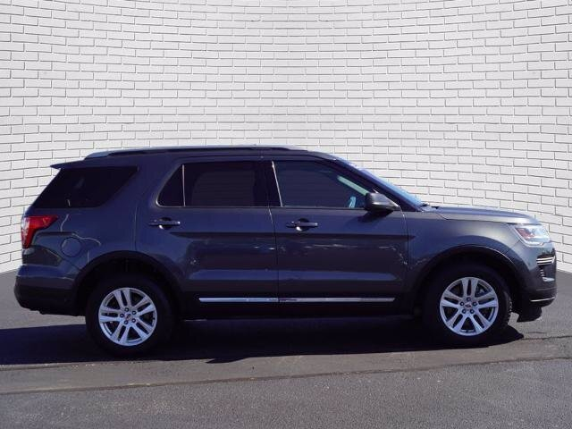 2019 Magnetic Metallic Ford Explorer XLT 4X4 SUV 4 Door