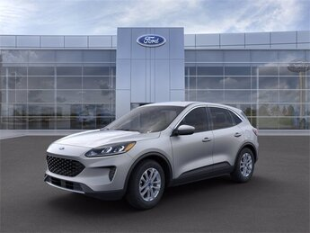 2021 Iconic Silver Metallic Ford Escape SE 4 Door 1.5L EcoBoost Engine FWD