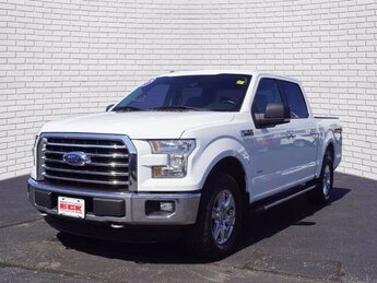 2015 Oxford White Ford F-150 XLT 4 Door Automatic 4X4 Truck