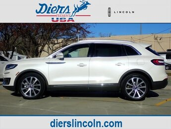 2019 White Platinum Clearcoat Metallic Lincoln Nautilus Select SUV 4 Door 2.0L I4 Engine Automatic AWD