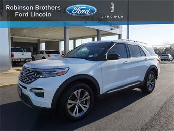 2020 Star White Metallic Tri-Coat Ford Explorer Platinum 4X4 SUV 4 Door