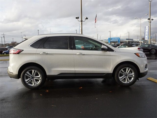 2020 White Ford Edge SEL FWD Automatic EcoBoost 2.0L I4 GTDi DOHC Turbocharged VCT Engine 4 Door