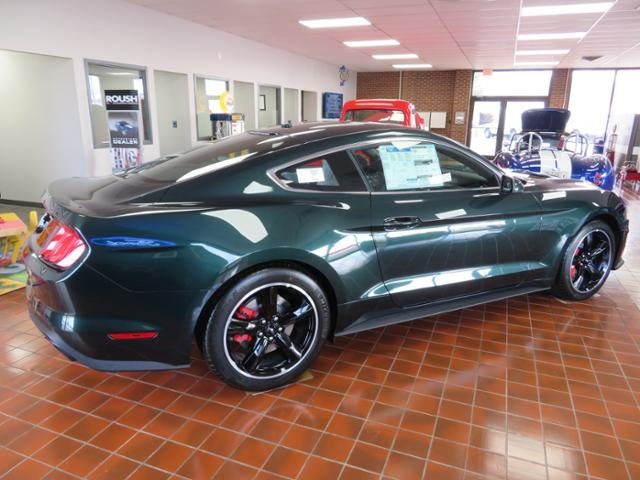 2019 Dark Highland Green Metallic Ford Mustang Bullitt Fastback RWD Coupe Manual Gas I8 5.0L Engine