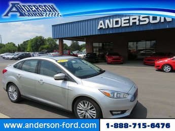 2017 Ingot Silver Metallic Ford Focus Titanium Sedan Gas/Ethanol I4 2.0L Engine Sedan FWD Automatic 4 Door