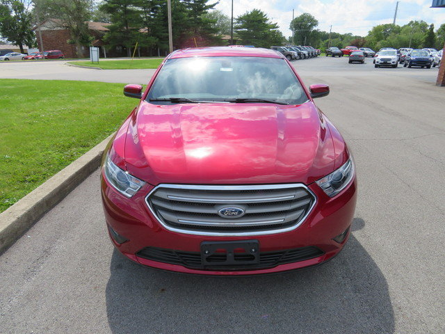 2019 Ruby Red Metallic Tinted Clearcoat Ford Taurus SEL FWD Sedan 4 Door Gas/Ethanol V6 3.5L Engine Automatic FWD