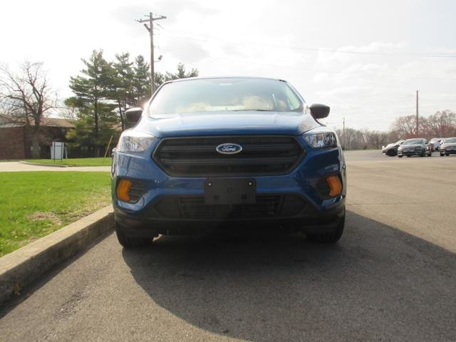 2019 Lightning Blue Metallic Ford Escape S FWD 4 Door FWD Gas I4 2.5L Engine Automatic SUV