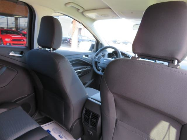2019 Ford Escape SE FWD Gas I4 1.5L Engine 4 Door Automatic SUV