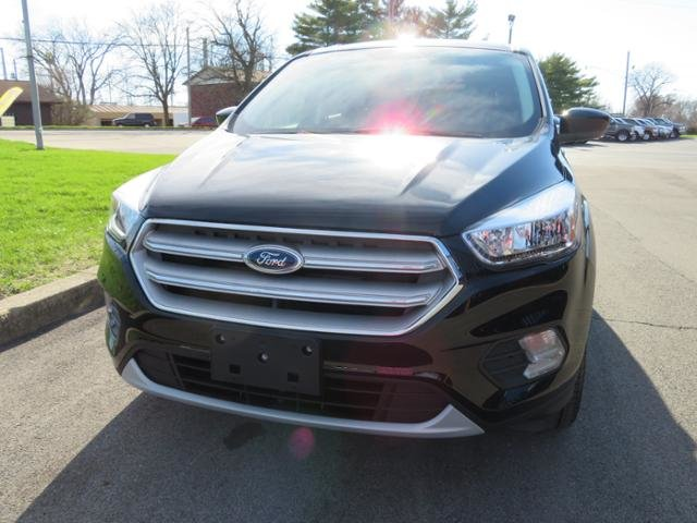 2019 Ford Escape SE FWD FWD Automatic Gas I4 1.5L Engine SUV 4 Door