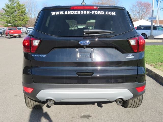 2019 Ford Escape SE FWD Gas I4 1.5L Engine 4 Door SUV FWD Automatic