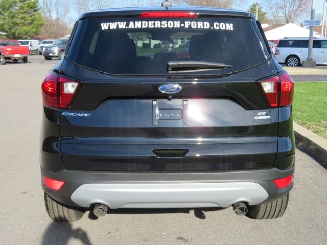 2019 Ford Escape SE FWD FWD Gas I4 1.5L Engine Automatic 4 Door SUV