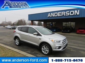 2019 Ingot Silver Metallic Ford Escape SE FWD 4 Door Gas I4 1.5L Engine FWD Automatic