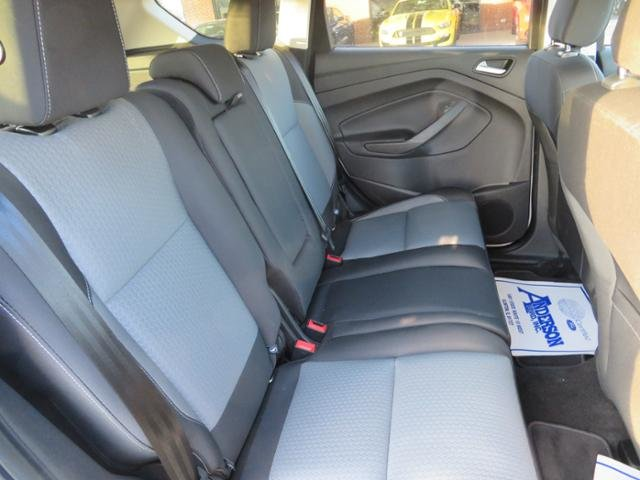 2018 Ford Escape SE FWD 4 Door FWD Gas I4 1.5L Engine