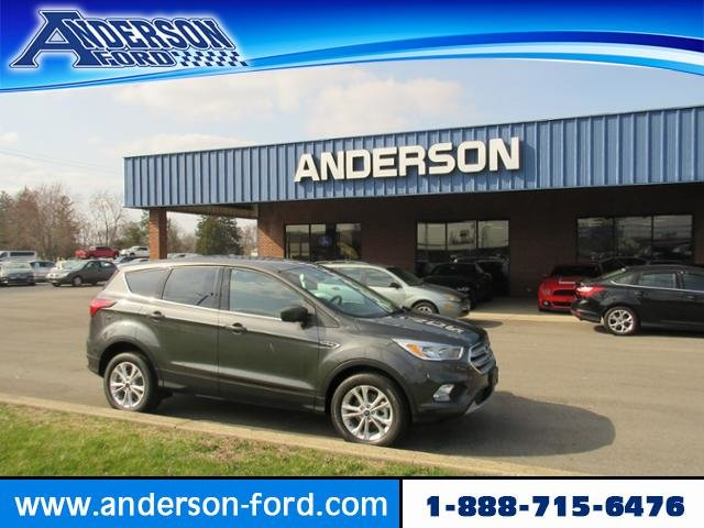 2019 Magnetic Metallic Ford Escape SE FWD FWD 4 Door Automatic Gas I4 1.5L Engine