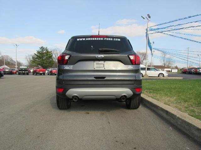 2019 Ford Escape SE FWD Automatic SUV FWD 4 Door Gas I4 1.5L Engine