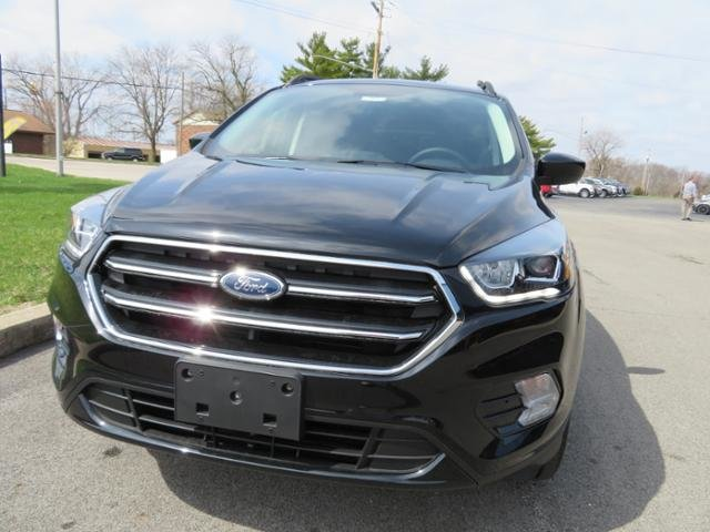 2019 Agate Black Metallic Ford Escape SE 4WD 4 Door 4X4 SUV Automatic Gas I4 1.5L Engine