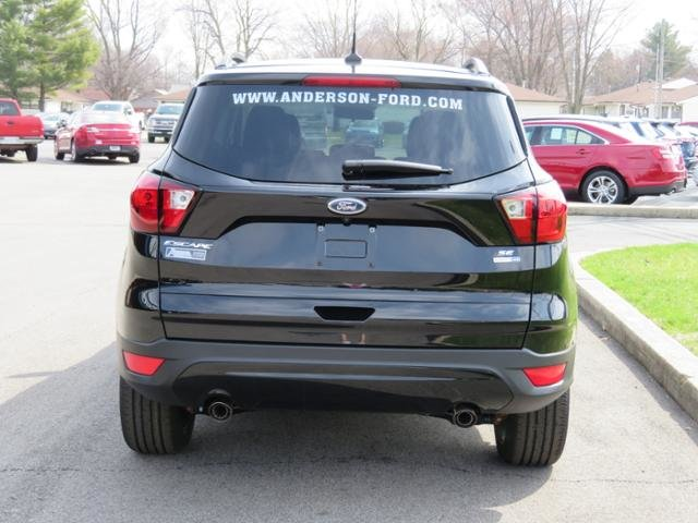 2019 Agate Black Metallic Ford Escape SE 4WD 4X4 4 Door Gas I4 1.5L Engine Automatic SUV