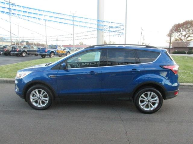 2018 Lightning Blue Metallic Ford Escape SE 4WD Automatic 4 Door Gas I4 1.5L Engine SUV 4X4