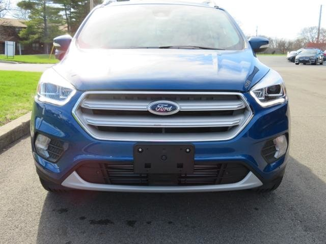 2019 Lightning Blue Metallic Ford Escape Titanium 4WD SUV Automatic 4 Door Gas I4 2.0L Engine 4X4