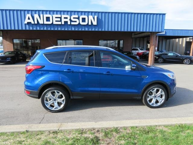 2019 Lightning Blue Metallic Ford Escape Titanium 4WD SUV 4 Door Gas I4 2.0L Engine 4X4 Automatic