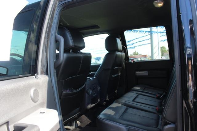 2015 Tuxedo Black Metallic Ford Super Duty F-250 SRW 4WD Crew Cab 156 Lariat Truck Automatic 4 Door