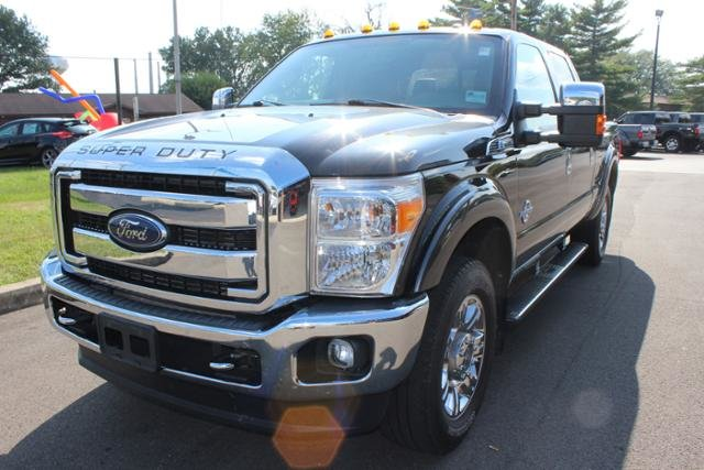 2015 Tuxedo Black Metallic Ford Super Duty F-250 SRW 4WD Crew Cab 156 Lariat 4X4 Automatic Diesel I8 6.7L Engine Truck 4 Door